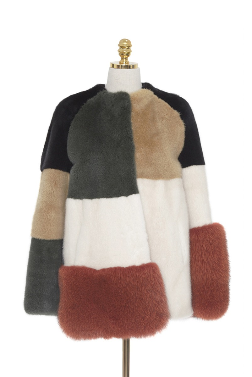 [ev'on] Short Fur Coat - Color Block