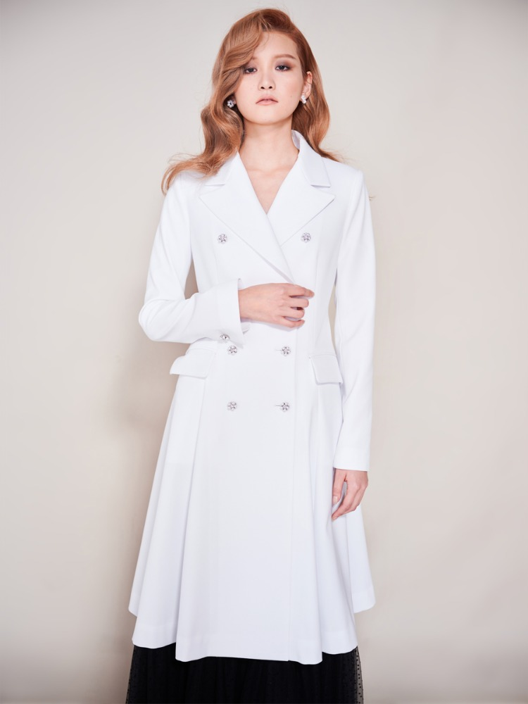 Jewel Button Long Jacket (White)
