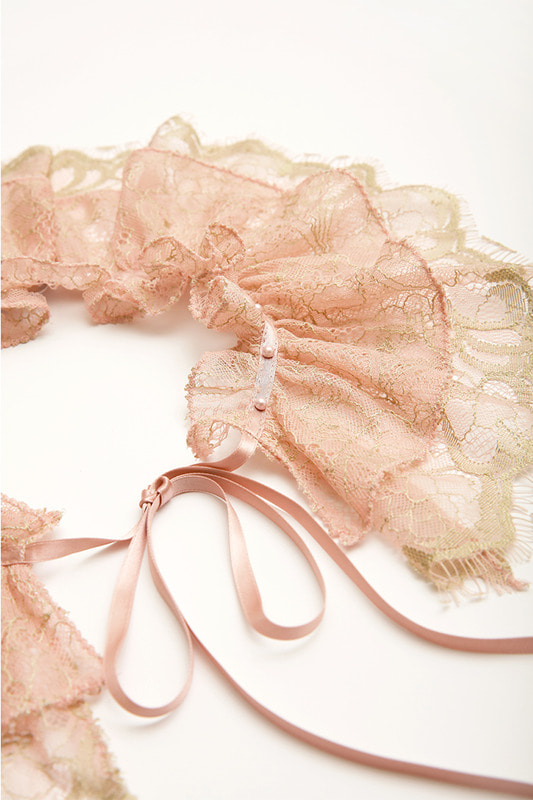 Lace neck scarf (pink)