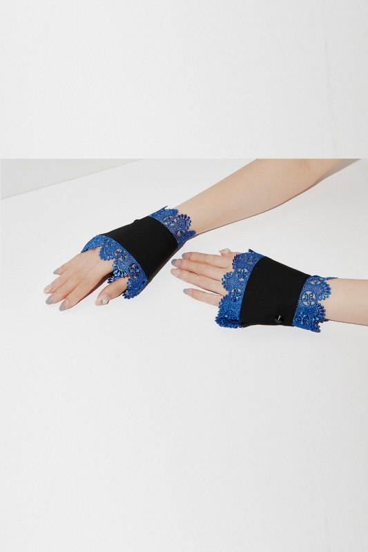 Montaigne Cuffs